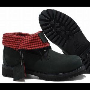 Roll-Top Plaid Timbs